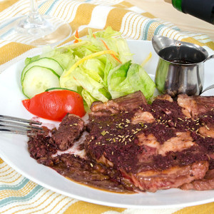Beef steak with red wine garlic sauce