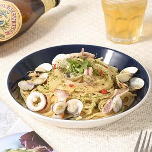 White Wine Clam Pasta with Garlic Sauce