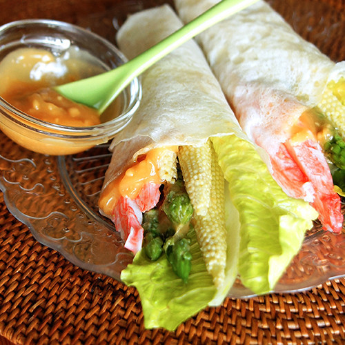 Crabmeat and Asparagus Spring Roll with Peanut Butter