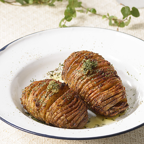Garlic Hasselback Potato